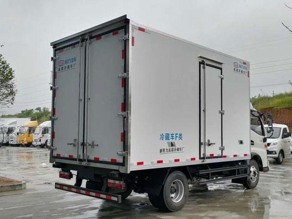 冷藏车如何预订?现场订车还是网络订车