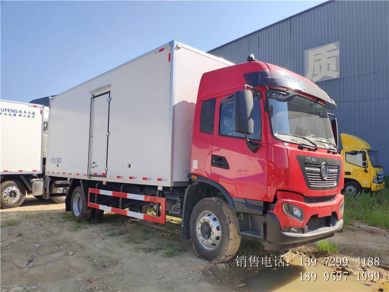 东风天锦6米8冷藏车厂家报价6米8冷藏车配置