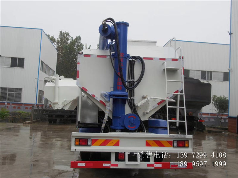 13吨国6柳汽乘龙散装饲料车价格配置-12吨柳汽乘龙散装饲料车厂家